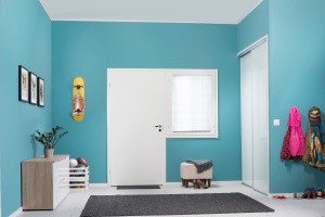 23005_DIY_hallway_after_repainting2014
