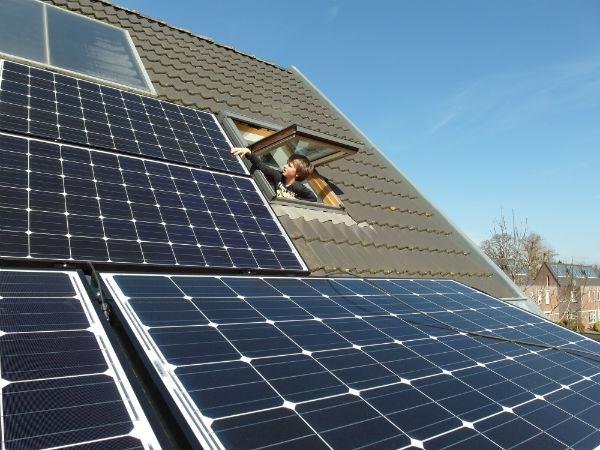solar-panels-681979